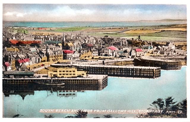 Postcard 1930s.jpg