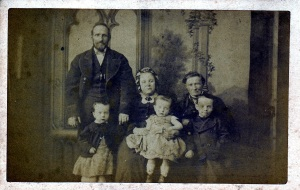 wmcl-sy-photo-unidentified-family-copy