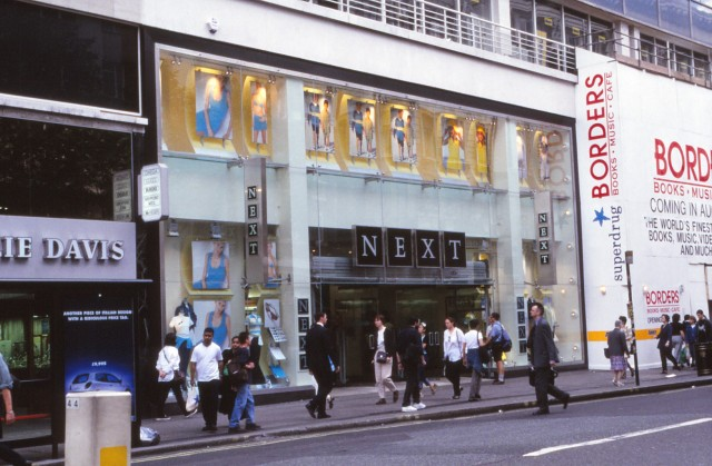 Next Oxford St c.2000.jpg